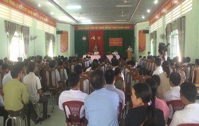 Bí thư Tỉnh ủy giải quyết nhiều kiến nghị của cử tri Nam Giang