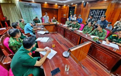 3 giờ sáng 29.10, lực lượng quân đội bắt đầu lên hiện trường 2 vụ sạt lở ở Nam Trà My