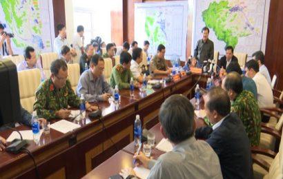 Phó Thủ tướng Trịnh Đình Dũng kiểm tra công tác ứng phó bão số 9 tại Quảng Nam