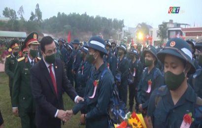 Bí thư Tỉnh uỷ Phan Việt Cường dự lễ giao quân tại huyện Đại Lộc