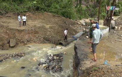 Các tuyến đường ĐH lên 5 xã vùng cao Phước Sơn bị sạt lở nghiêm trọng sau bão số 6