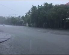 Quảng Nam – tạm dừng  xét nghiệm sàng lọc Covid 19 tại các xã vùng cao Phước Sơn để di dời dân do mưa lớn